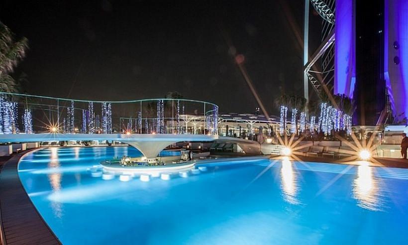 burj-al-arab-terrace-5