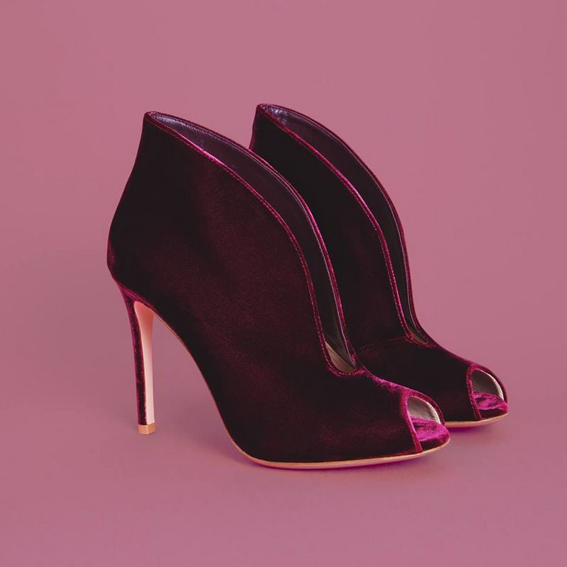 velvet-shoes-will-be-the-protagonist-of-this-fall-season