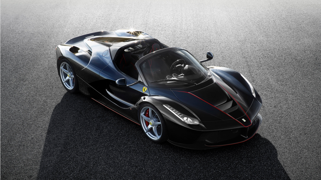 official-ferrari-laferrari-spider-1-1024x576
