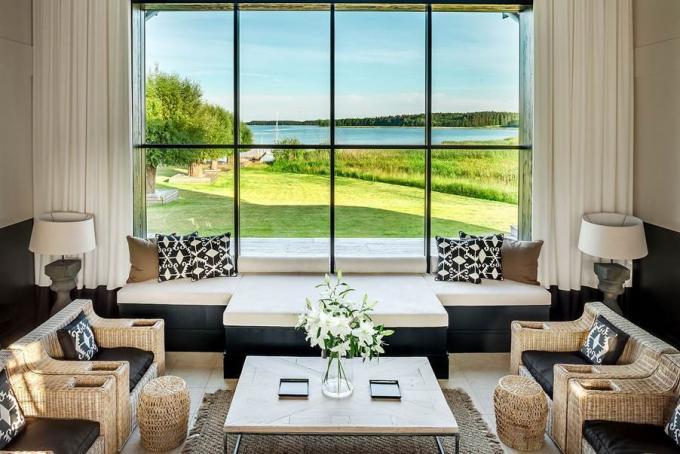 masuria-widok-z-okna-wnetrze