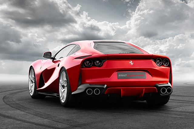 Ferrari-812-Superfast-INTEXT2