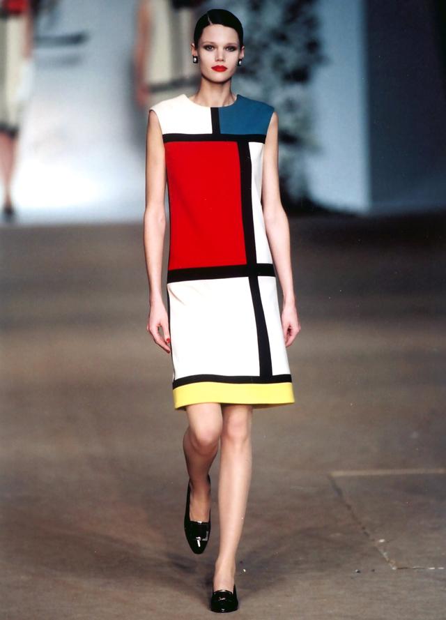Mondrian_YSL_Inside-art