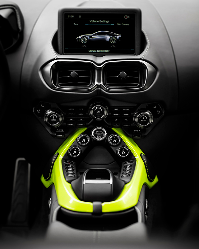 Aston-Martin-Vantage_Lime-Essence_17-EDIT