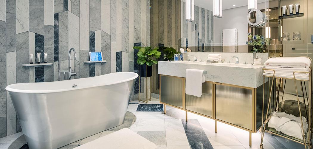 rww-1257338-grand-suite-bathroom