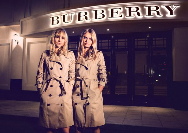 0_Burberry-Brings-London-To-Shanghai-Inside