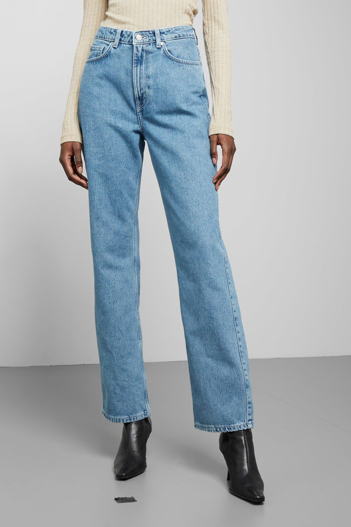 Row Sky Blue Jeans