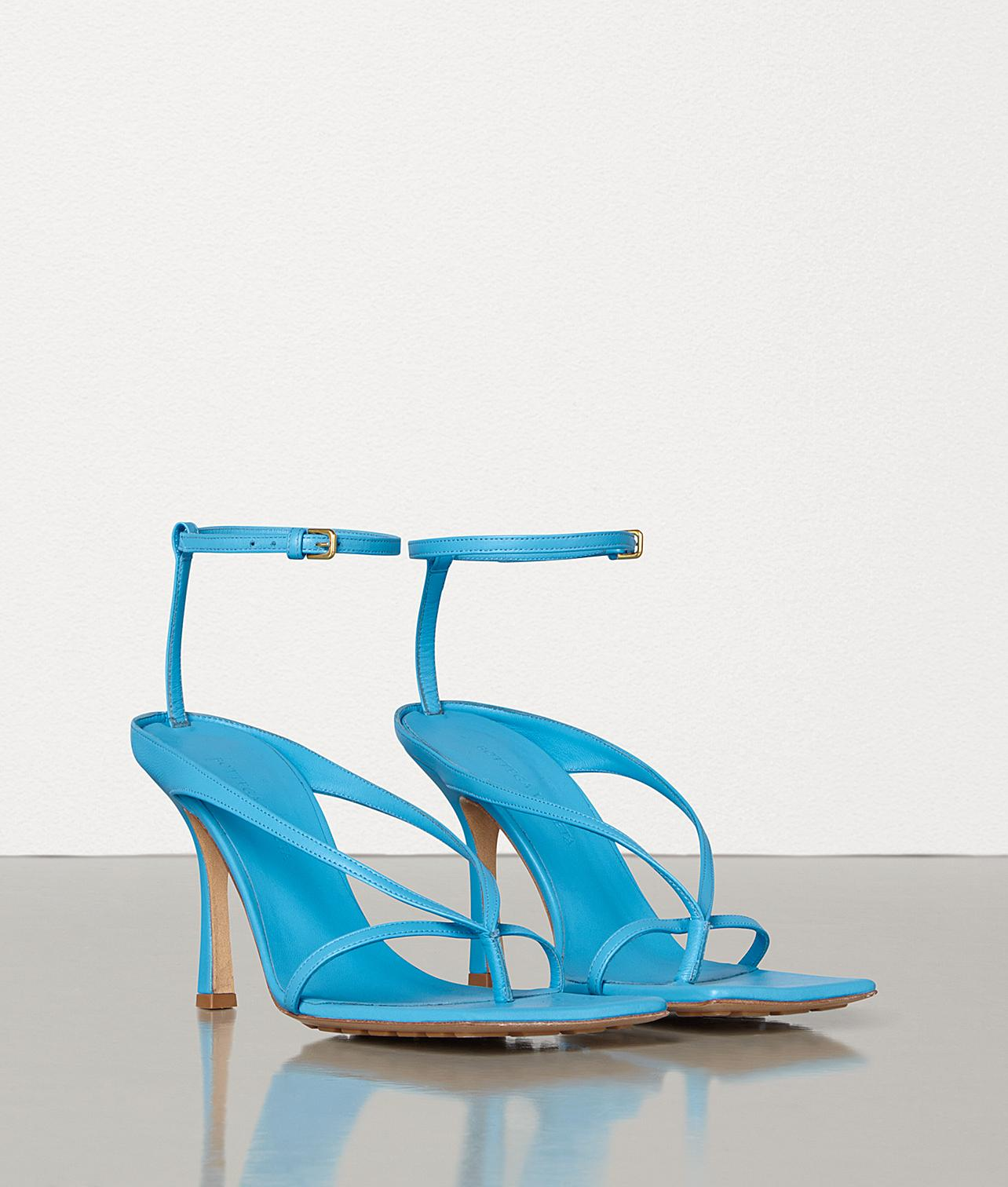 bottega-veneta-sky-blue-Stretch-Sandals